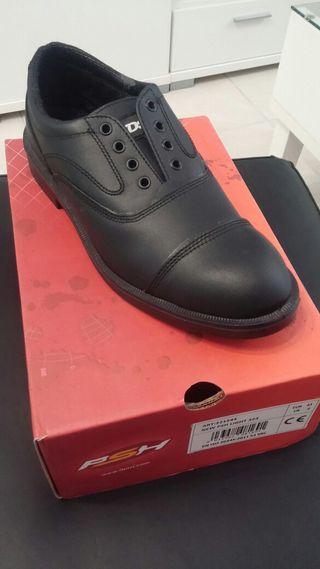 Zapato de trabajo talla 43
