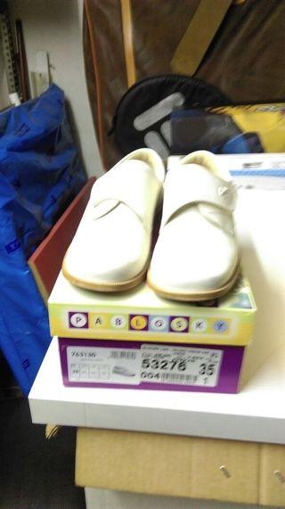 Zapatos de comunion niño.