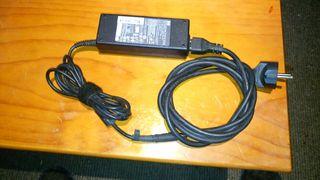 Cargador portatil hp