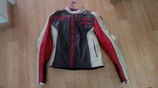 chaqueta de piel para moto mujer