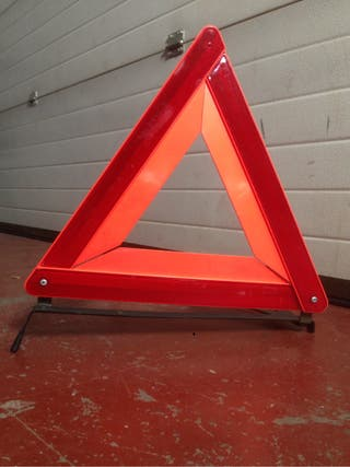 Triangulo señalizacion coche