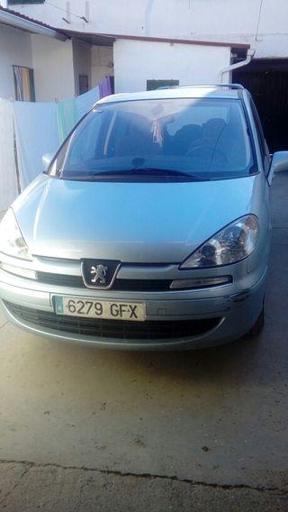 Peugeot 807 2008