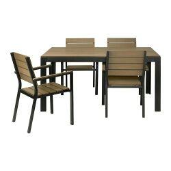 conjunto de mesa y sillas de exterior