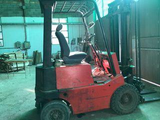 Elevador carretilla diesel 2000 y desplazador 3,5M