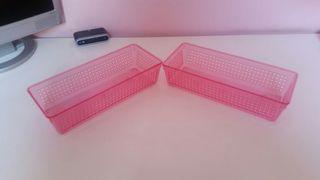 2 cajas plastico rosa