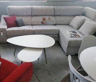 2 mesas de centro ovaladas exposición