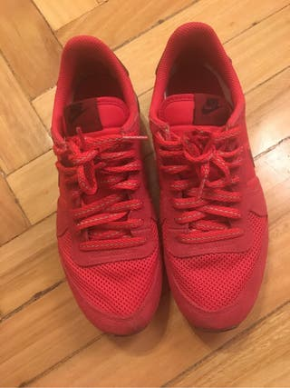 Zapatillas nike de mi chica color rojo talla 38