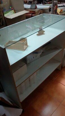 Dos muebles mostradores de segunda mano por 150 en madrid en wallapop - Muebles segunda mano madrid particulares ...