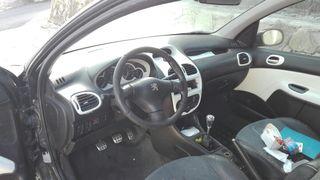 Peugeot 206 DESPIECE tiene papeles.
