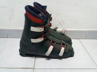 Botas de esquí antiguas