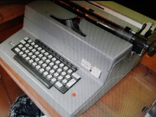 maquina escribir electrica olivetti