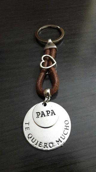 Llavero cuero Papá