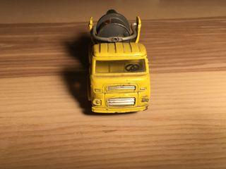 Camion hormigonera Joal