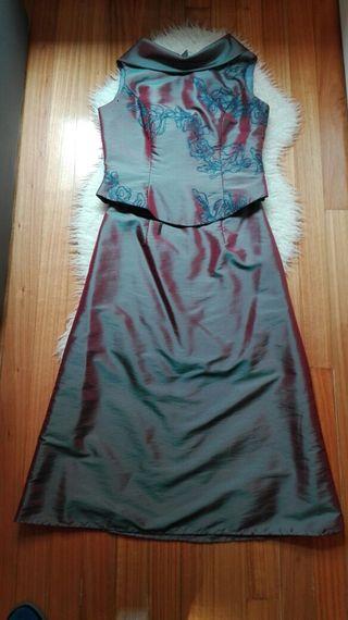 Cojunto de corpiño y falda