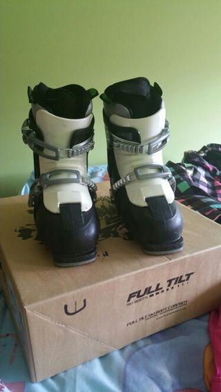 Equipo esquí junior niña Roxy & botas Full Tilt