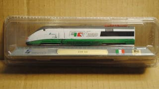 Precioso tren locomotora ETR 500 Italiano