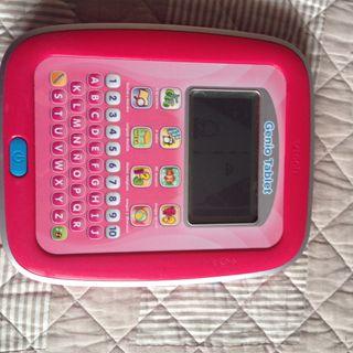 Tablet ordenador niña rosa funcionando Vtech