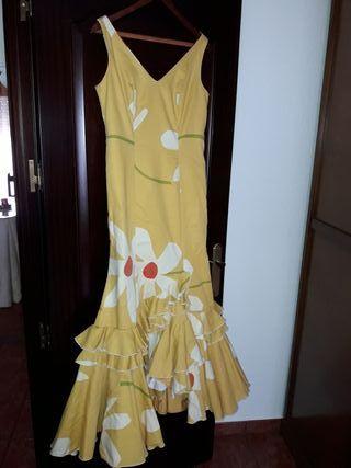 traje de flamenca o gitana