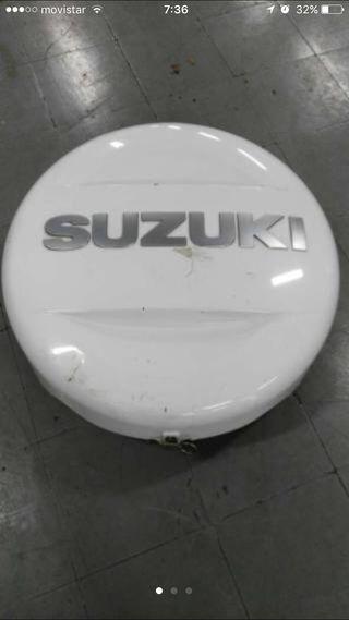 Funda rueda Suzuki