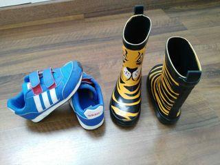 Zapatillas deporte y botas de agua