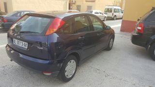 Ford Focus 2000 diesel 80cv.motor1800 buen estado