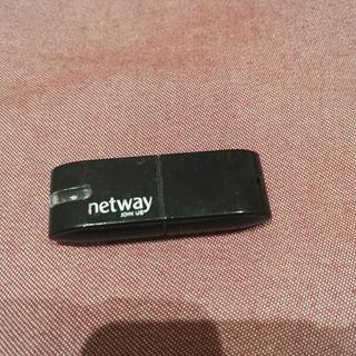Adaptador USB Bluetooth.