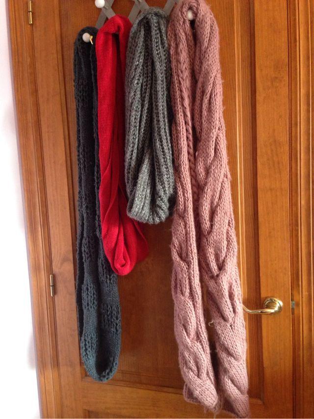 Vendo bufandas como nuevas de segunda mano por 5 € en Benidorm en ... 042d2dbabab