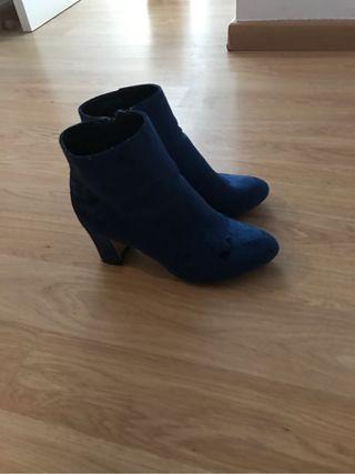 Zapatos mujer numero 41. Solo una puesta