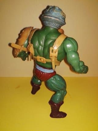 MAN AT ARMS MOTU MASTERS DEL UNIVERSO