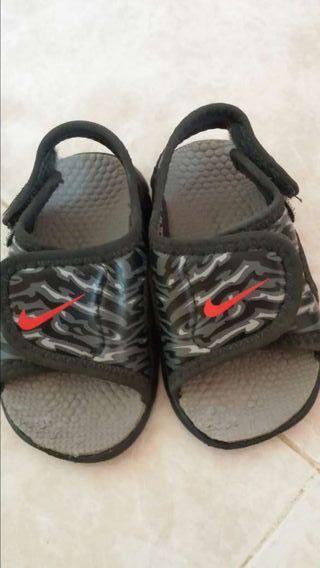 Sandalias bebé Nike número 19.5