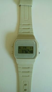 reloj moda casio blanco original