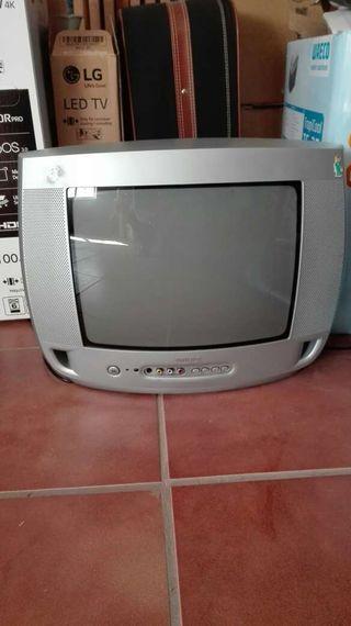 """Televisor de 19"""""""