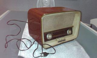 Radio antigua telefunker