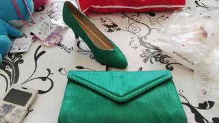 Zapatos 37 y bolso para evento de raso verde