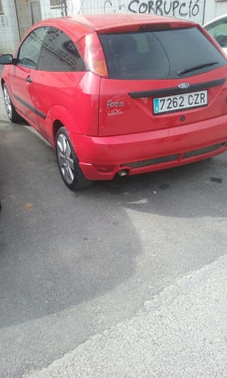 Ford Focus 2004 buenas conditiones esportt