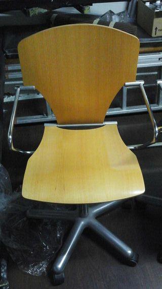 Vendo sillas de escritorio con ruedas