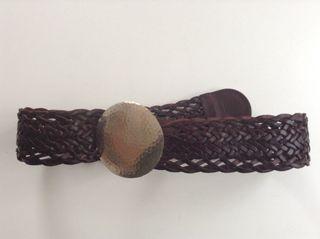 Cinturon de cuero trenzado sin usar
