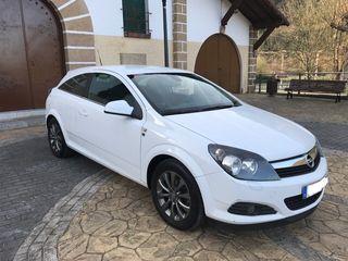 Opel Astra 2011 gtc edición 111 aniversario