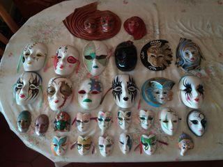 Colección de máscaras antiguas