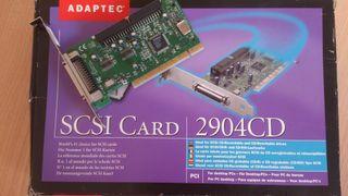 Tarjeta PCI Adaptec SCSI 2904.