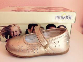 Zapatos niña. N. 22