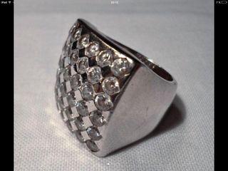 Anillo de plata diamantes sintéticos