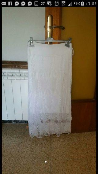 falda blanca sin estrenar