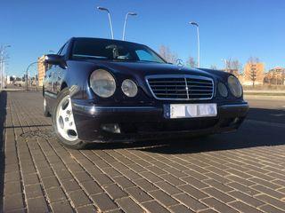 Mercedes-Benz Clase E 270 CDI AVANTGARDE