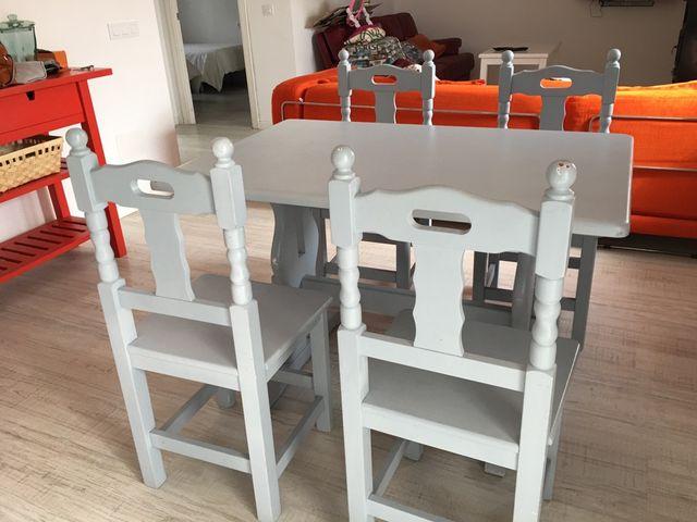 Mesa comedor y sillas de segunda mano por 130 € en Tarifa - wallapop