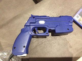 PS2. Pistola G-CON2 con juegos