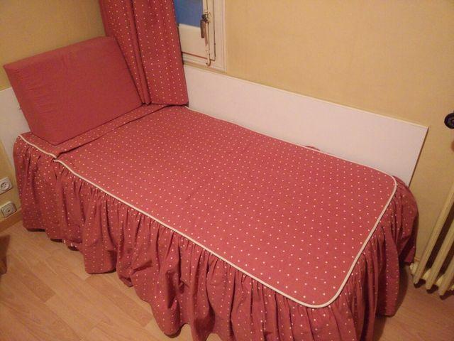 Cama individual + cómoda 6 cajones + 2 sillas