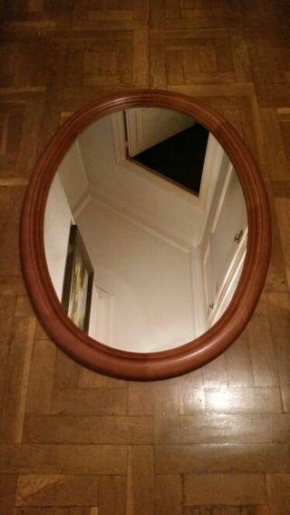Espejo ovalado de segunda mano por 40 en barcelona en for Espejos segunda mano barcelona