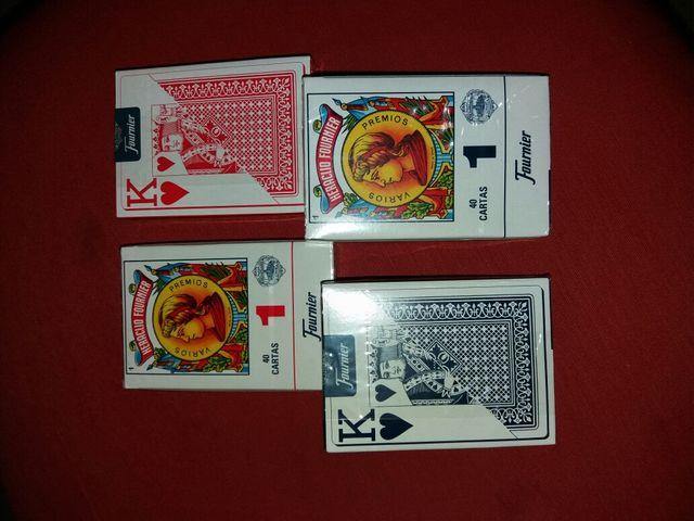 4 barajas de cartas ( 2 españolas y 2 poker )