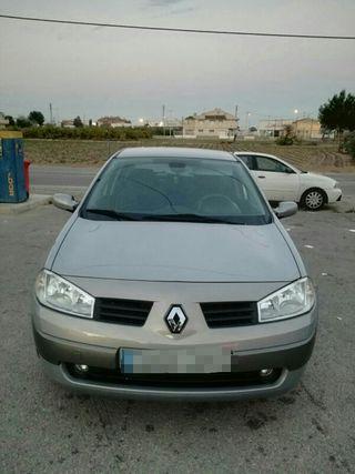 Renault Megane cedan 2005